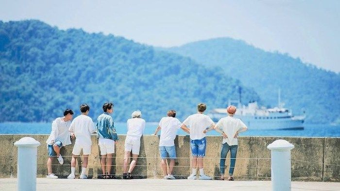Seven Men Watching The Sea Cute Wallpapers 2019 Large Boat Cement Fence In 2020 Bts Wallpaper Desktop Bts Wallpaper Bts Laptop Wallpaper