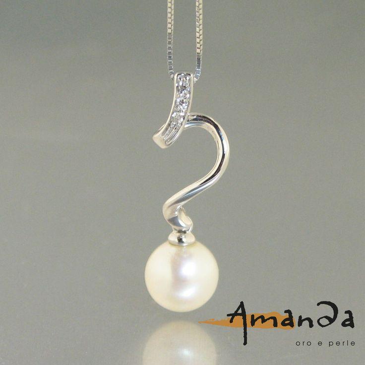 Amanda: oro, perle e diamanti. Onda. Torino, Castoro Gioielli