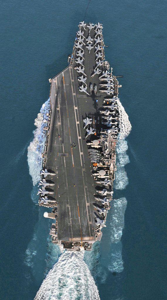 USS John C. Stennis (CVN 74) steams through the Straits of Hormuz