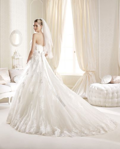 ILLERA 38,40,42,44,46 - OUTLET grupo Pronovias - OUTLET -- Sedka Novias