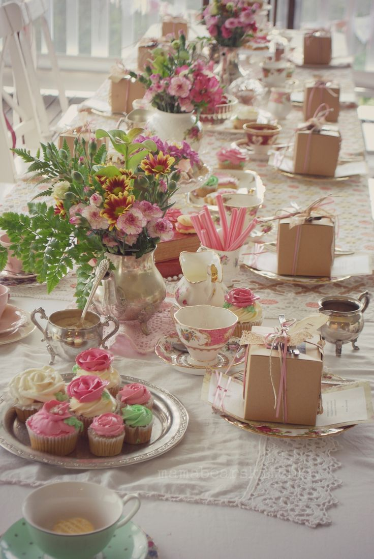 This is the afternoon high tea that we have arranged for Rose's birthday. We hope to make this a celebration that Rose will look back on with many fond memories.