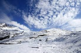 Get Manali Tour Package only at 5999 through Shine India Trip. They offer best discount on all packages for manali in special occasion of Diwali.