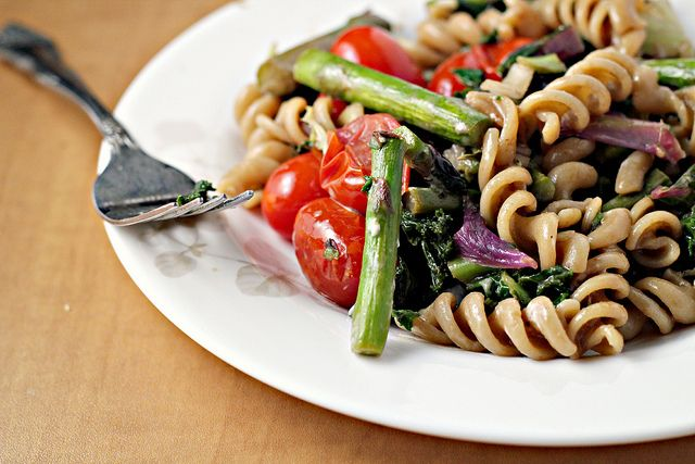 ... Pasta Salad with Goat Cheese {eat.live.be | Pasta Salad, Asparagus and