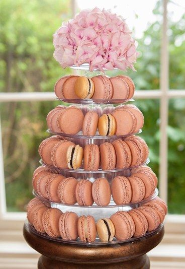 Macaroon wedding cake - 20 amazing alternative wedding cake ideas - Mmm. Macaroons. We've gone a bit mad for these classic French treats over in the UK. The macaroon is just about everywhere, so it's only right that you should be able to have 100 or so of them on your wedding day...