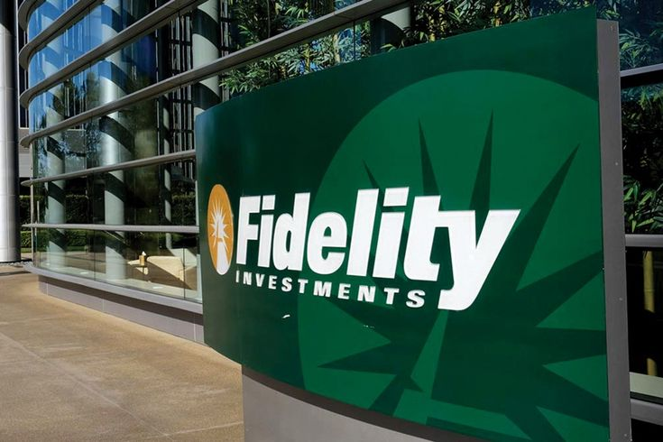 Fidelity sues former rep, Merrill Lynch for soliciting clients
