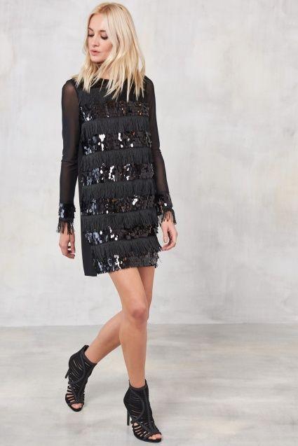 Siyah Payet Ve Püsküllü Elbise