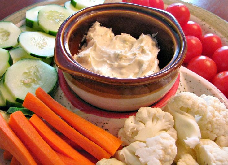 Garlicky White Cheddar and Dill Veggie Dip Post includes a Cucumber Pinwheel recipe that uses the dip as a fabulous spread!