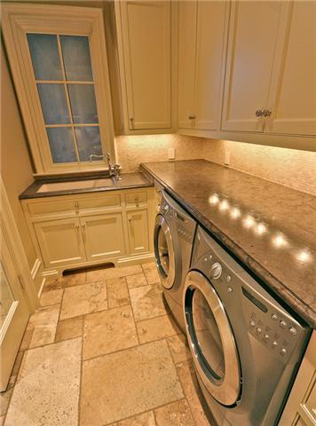 Laundry Room - like granite over the front loaders