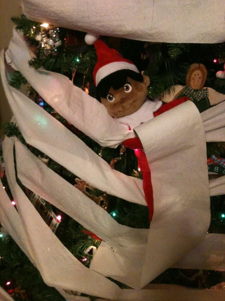 TP-ing the tree, elf-style.