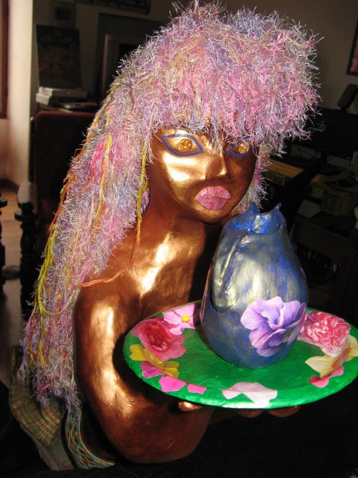 sirène en papier mâché peinte en bronze (blog les aventures de la mère poulpe)