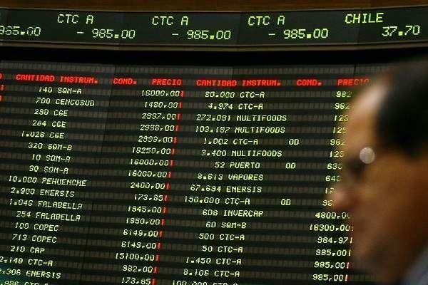 Eléctricas le apagan la luz a la Bolsa de Comercio de Santiago - elEconomistaAmérica (Chile)