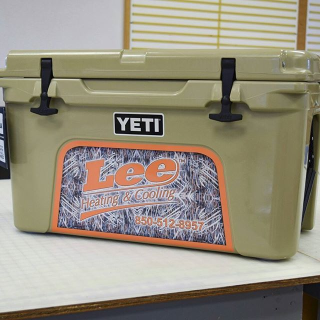 We've had some Yeti sightings in Pensacola lately. And they sure are unique! Leave your footprint on your work equipment (or coolers) with custom vinyl decals. 👣