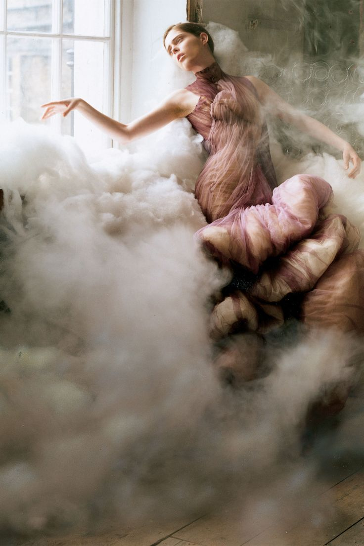 Hauntingly beautiful & cinematic.  Coco Rocha photographed for a shoot entitled Curiouser and Curiouser inside the February 2007 issue. Photo By Tim Walker/Vogue