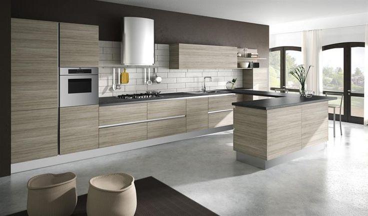 Cucina moderna legno chiaro
