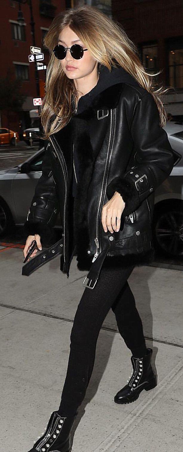 Pinterest: DEBORAHPRAHA ♥️ Gigi hadid all black everything outfit #leather #jacket #hadid #style