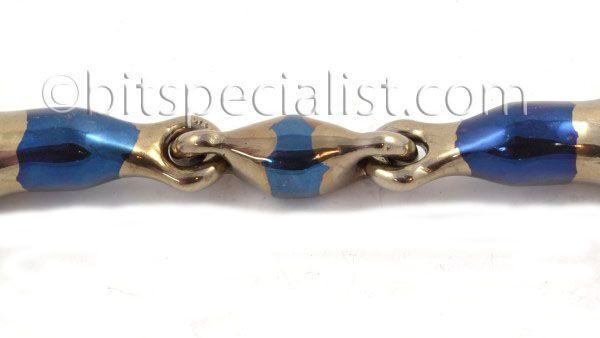 Eliptical of dubbel gebroken mondstuk. Eliptical or double jointed mouthpiece