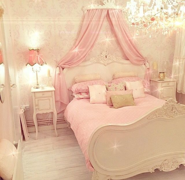 25 best ideas about pink vintage bedroom on pinterest for Sophisticated feminine bedroom designs