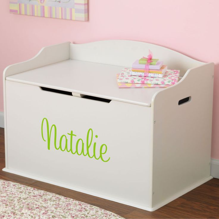 Love this personalized toy box for the playroom!