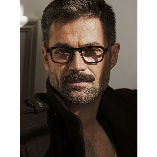 Carlos Eitei @zote8a Fotografía @mantrana #picoftheday #portrait #retrato #man #men #fashion #beauty #male #malemodel #modelo #photo #menshealth #mag #fitness #bearded #glasses #style #malestyle #fashiontography #photography #look