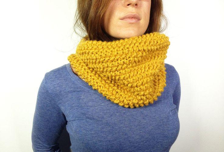 LOOM LOOM LOOM **** How to Loom Knit a Cowl in Seed Stitch (DIY Tutorial)