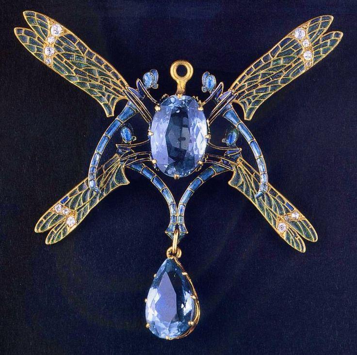 Dragonfly Pendant - René Lalique