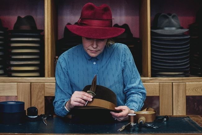 We speak to Laird Hatters, Alec the Hatmaker and The Seasons Hats in this podcast episode on milliners and hat makers.