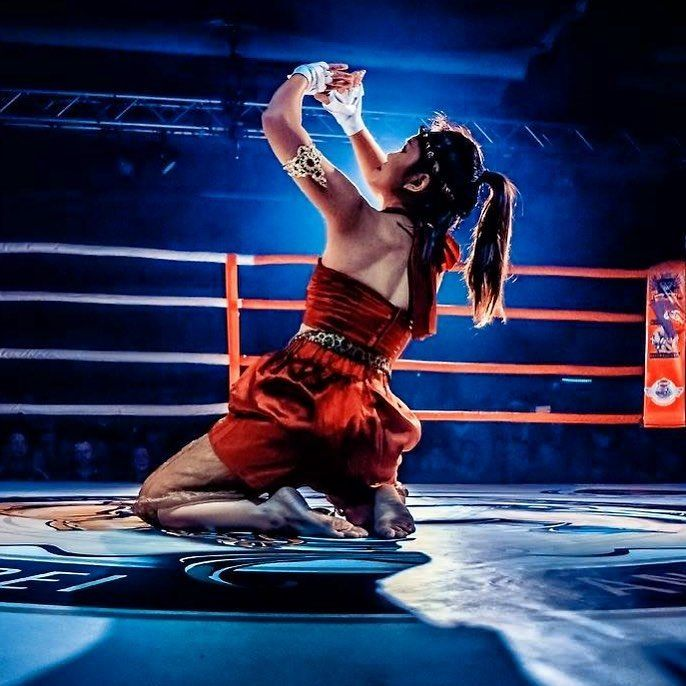 New Buakaw Banchamek K-1 MMA fighter Muaythai Thai boxing Kickboxing T-shirt Tee