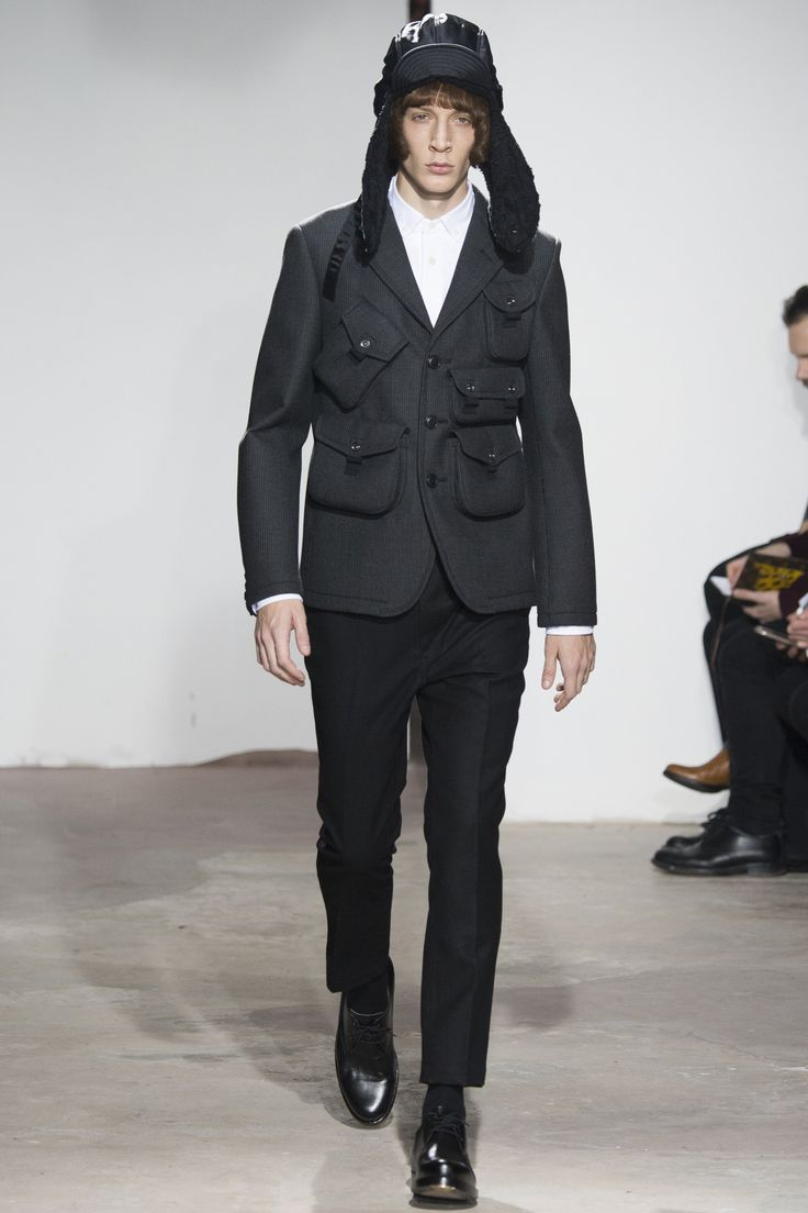 See the complete Junya Watanabe Fall 2016 Menswear collection.