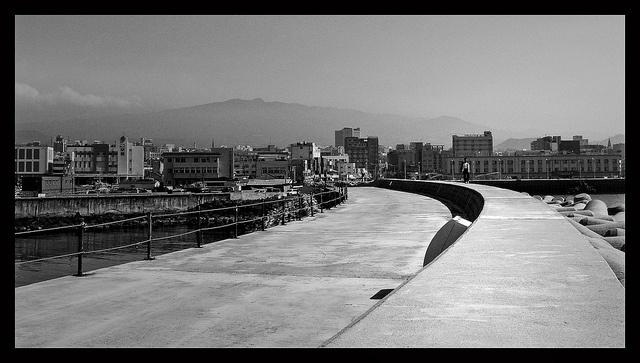 "The pier at Jeju-city on Jeju-island     Detail ""du lich han quoc"",   http://dulichsenvang.vn/du-lich-nuoc-ngoai/du-lich-han-quoc/"