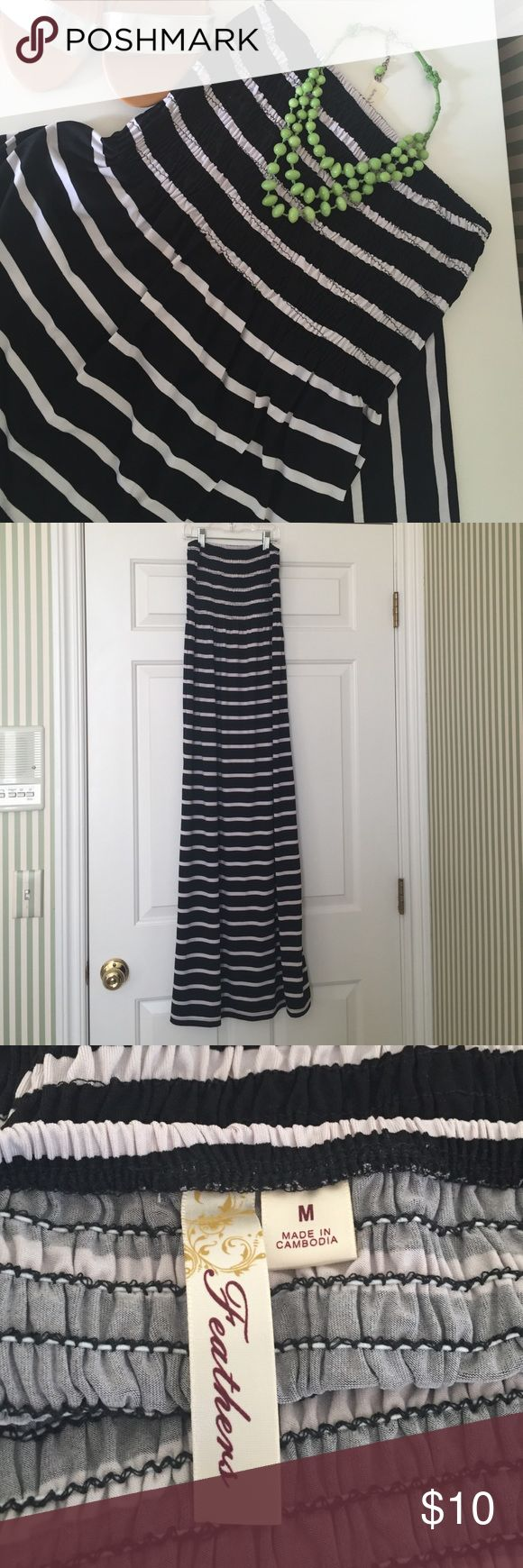 """Maxi Dress Get ready for Spring break!!!  Strapless black and white stripe. Size M. 46"""" long Dresses Maxi"""