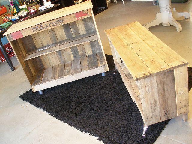 Wood pallet console projects pinterest console tv for Pallet aquarium stand