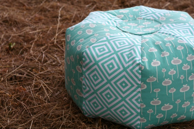 Gum Drop Pillow. I have to make this