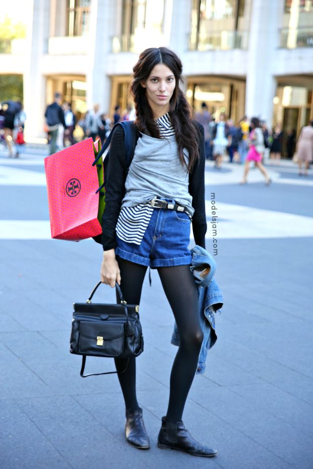Ruby Aldridge freestylin' it in a mishmash of  all sorts of things that just works, cuz, hey, she's Ruby after all. #OffDuty