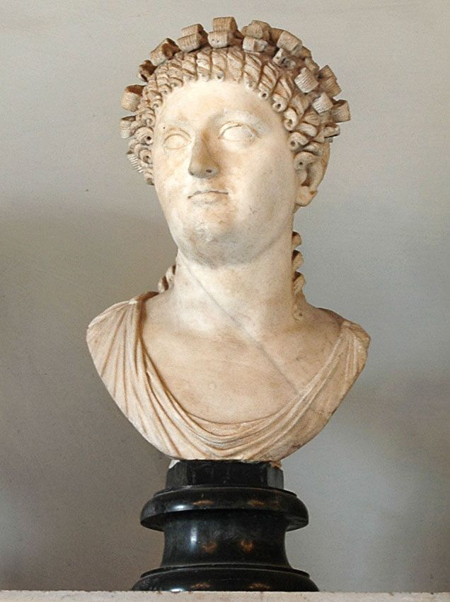 Possibly Messalina, wife of Emperor Claudius, Roman bust (marble), 1st century AD, (Palazzo Nuovo, Rome).