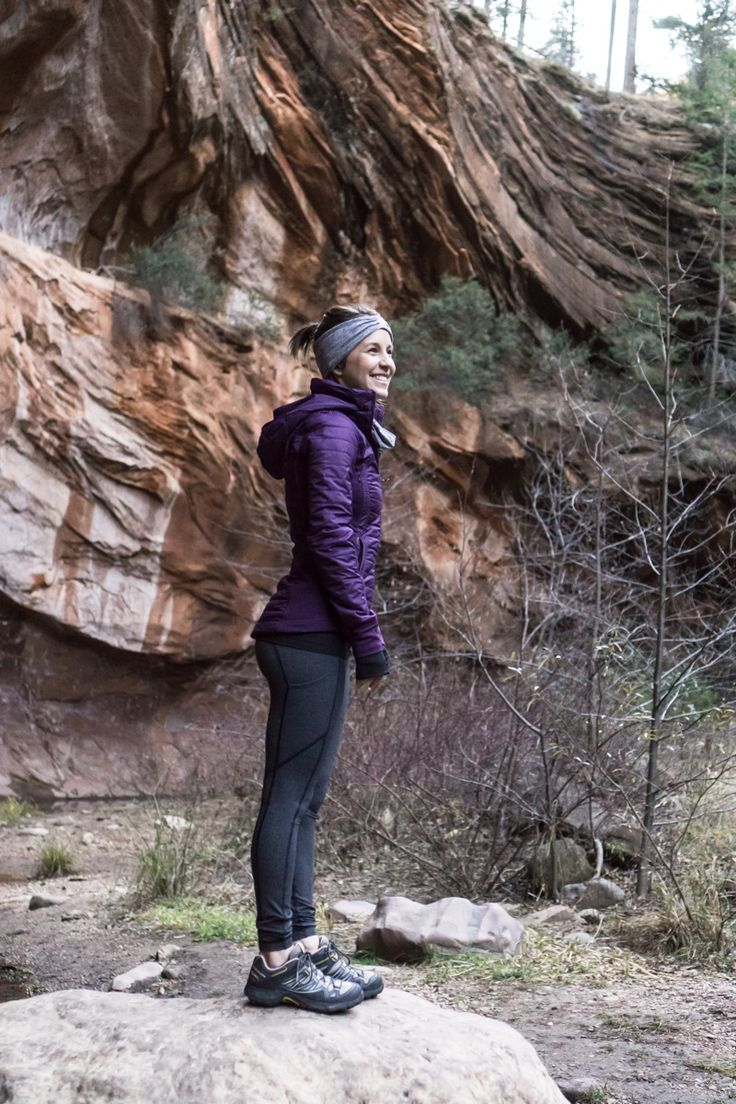 How to Have an Amazing Winter Hike   Hiking outfit winter ...