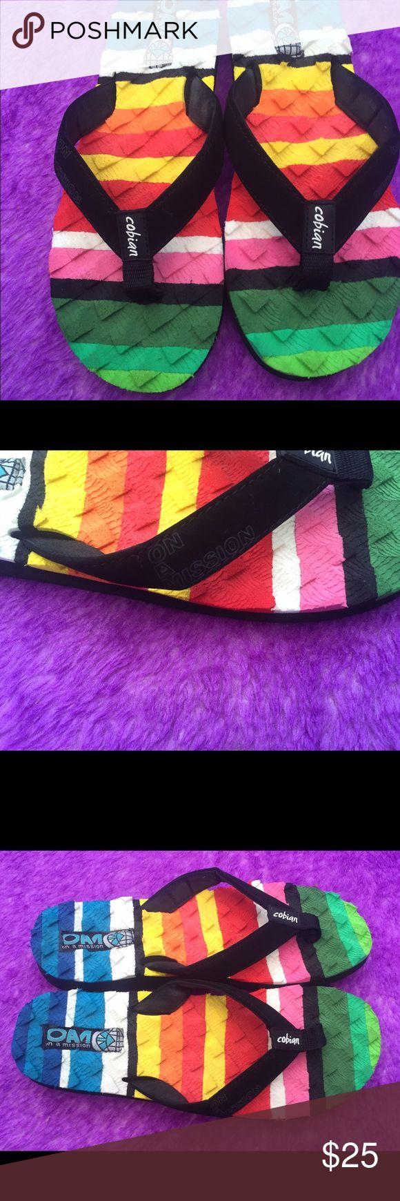 Cobian flip flops M6 L8 Excellent condition Cobian Shoes Sandals