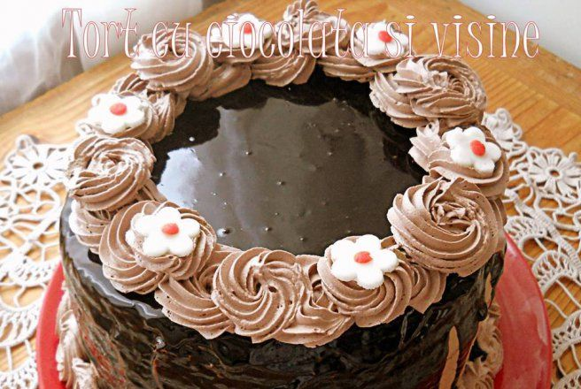 Reteta Tort cu ciocolata si visine - Torturi
