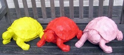 Schildpad 30 x 24cm in diverse kleuren kunstbeelden in levendige kleuren en gedurfde patronen als een visuele taal voor hoop en geluk. Een kunst van Polyester figuren die iedereen leuk vindt! Een ...
