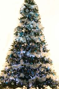 Christmas Tree Hire - Luxury Christmas Trees - Corporate Christmas Trees - Visual Merchandising Christmas Trees - Hotel Christmas Trees - Event Christmas Trees - Decorated Christmas Trees - Pre-Decorated Christmas Tree Hire