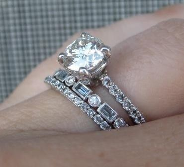 Love that this ring has my birthstone, aquamarine, in the band.