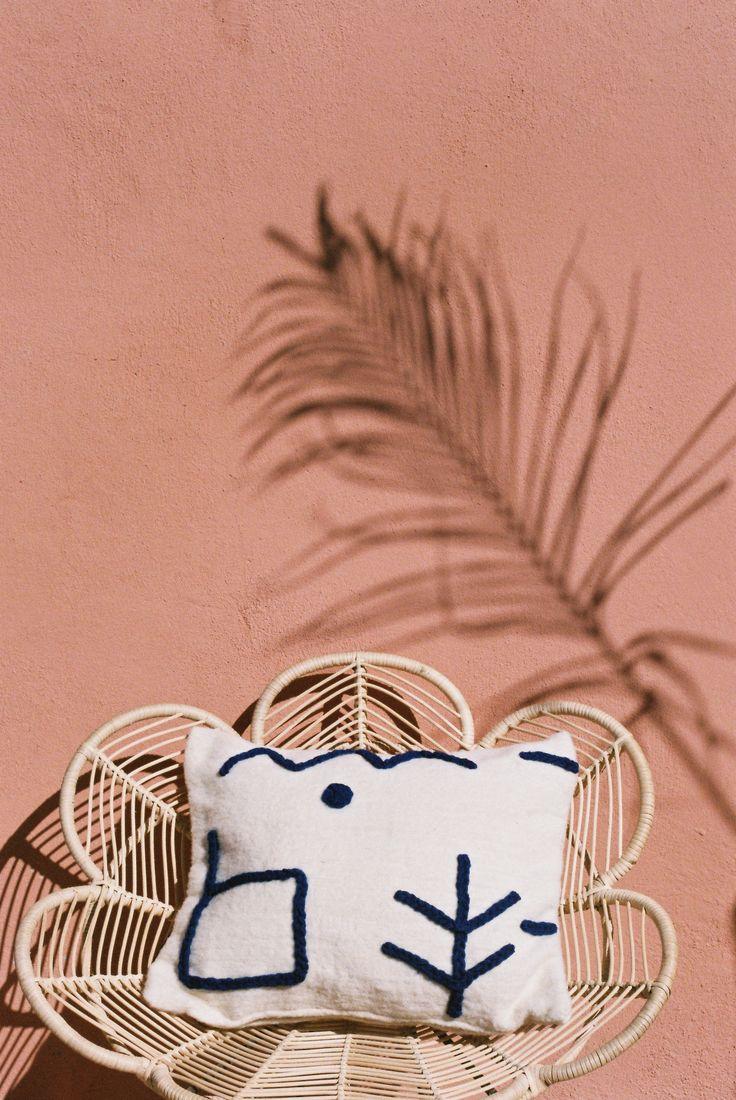 NAAJA pillow Handwoven, 100% wool www.lrnce.com Marrakech