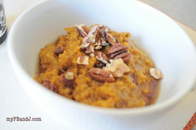 pumpkin steel cut oatmeal {recipe} in the slow cooker