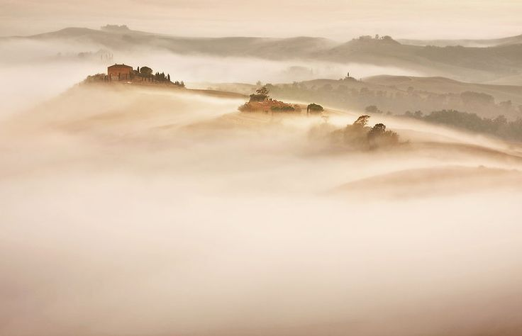 Polish Photographer Marcin Sobas Captured The Beauty Of Tuscany During His Italy Trip