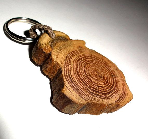 Driftwood Key Chain. Solid and Hard Driftwood Slice Key Ring. Natural Driftwood Shape Ornament. Natural Rustic Keychain, Keyring. Wood slice