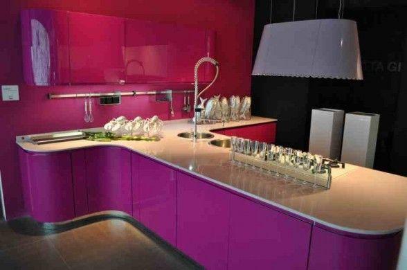 Déco intérieur Pourpre  | Modernes designs des cuisines pourpres4