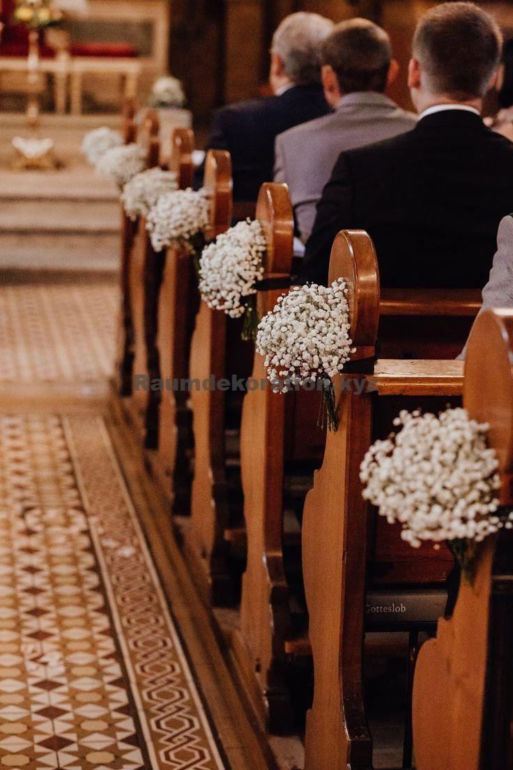 Tischdeko Hochzeit – Schlichte Kirchenbankdeko mit Schleierkraut #churchbenchdecoration #weddingdecor
