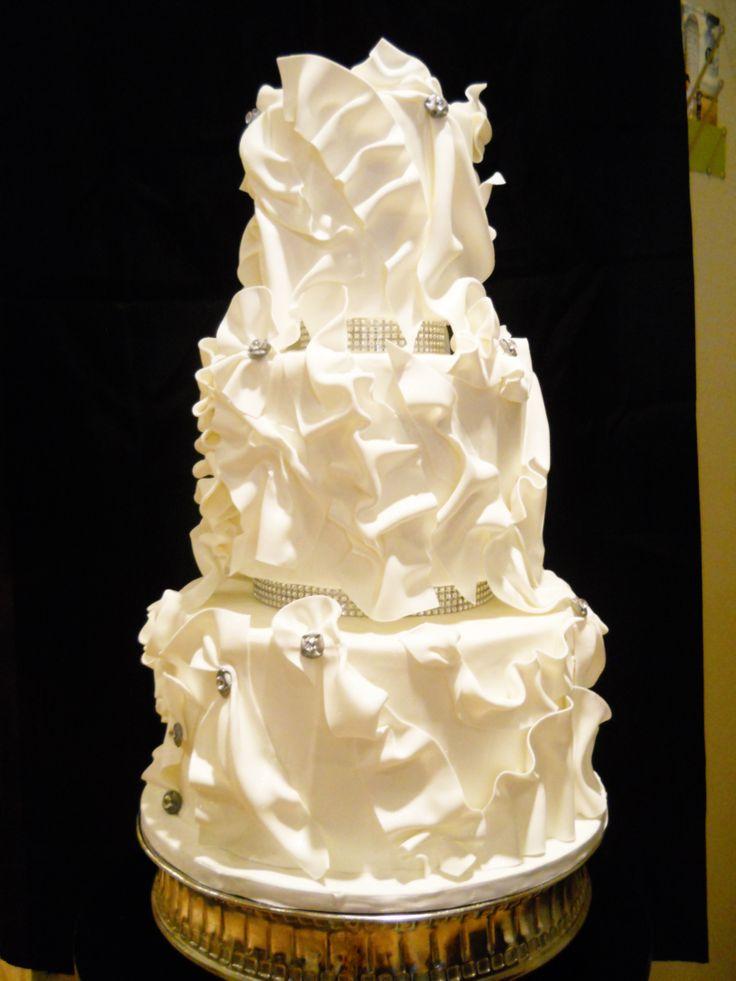 Best 13 Wedding cake ideas on Pinterest   Cake wedding, Weddings and ...