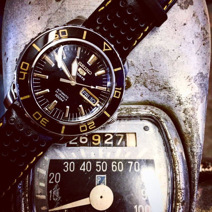 SEIKO SNZH57J1 great tribute to the Blancpain FFF ❤⏱