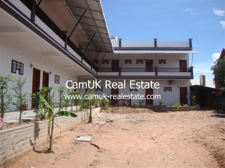 A studio room for rent is situated in Sala Komreuk commune, Siem Reap town. This property comes with semi-furnished, balcony and a parking area. The bedroom comes with air-con, a television, and an en-suite bathroom with hot shower. Moreover, the living room is quite big and the kitchen is medium with an ample space for …