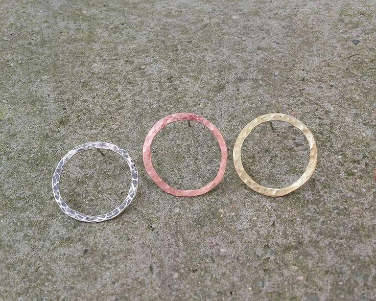 handmade earrings/ cute/ minimal/ hammered/ silver/ bronze/ copper/ cuff/ circles/ K.ompo.S- Handmade Jewel